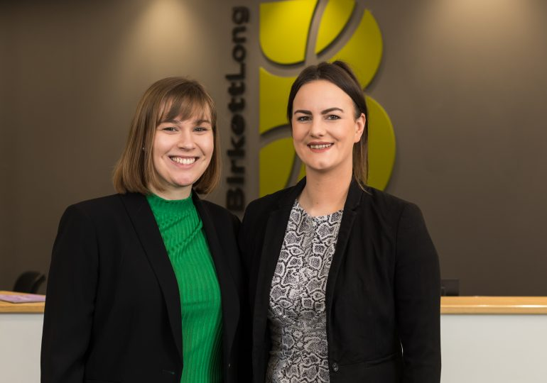 Essex law firm trainees qualify as solicitors